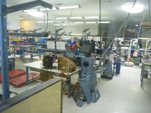 ロボットは社内で製造