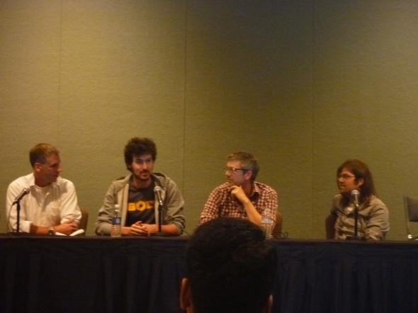 『プロトタイプから製品へ』のセッション。左から、ミラー氏(ドラゴン・イノベーション社)、アインスタイン氏(ボルト社)、フォーレスト氏(ハイウェイ・ワン社)、ピンクストン氏(プレソーラ社)