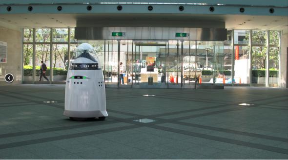 ナイトスコープ社の警備ロボットK5(http://knightscope.com/より)