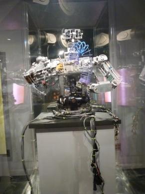 Robot - MIT museum.3