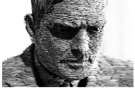 Statue of Alan Turing. Photo credit: Neil Crosby(http://robohub.org/より)