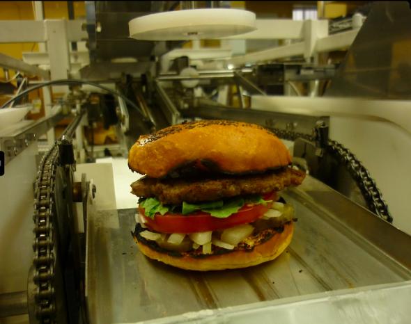 おいしそうなハンバーガーが自動的に調理される(http://momentummachines.com/より)