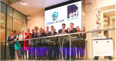 ロンドン株式取引市場での公開で鐘を鳴らしたのは、クカ社のロボット(http://www.therobotreport.com/より)