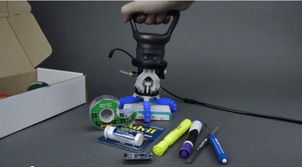 ソフト・ロボティクス社のエンド・エフェクターは、いろいろな形状のモノを把握できる